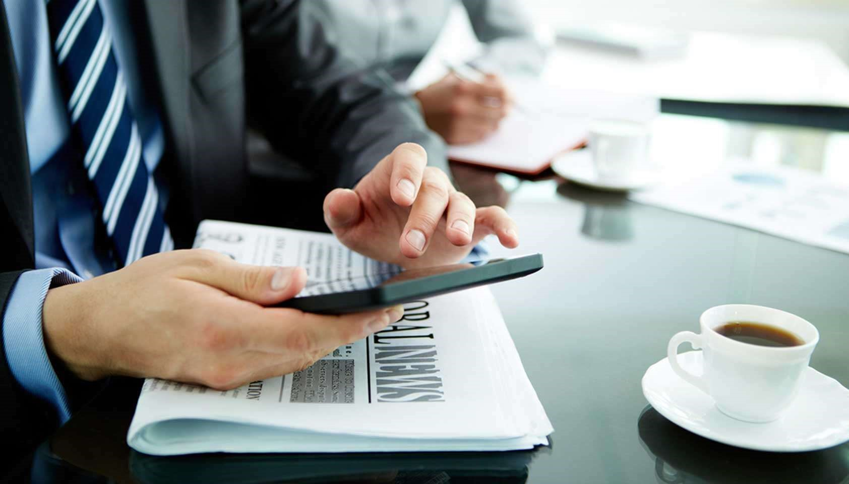 Website Magazine: Money-Transfer Co. Banks on Mobile, Paid Search [Blog]